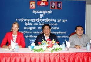 Opening of the Forum - Ms. Maraile Görgen, GIZ DAR, Mr. Sok Sothy and Mr. Khol Yuthly, both NCDD-S (from left to right)