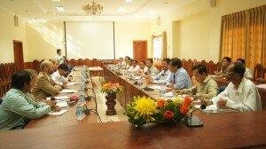 24 April 2015 - Meeting between German Ambassador H.E. Joachim Baron von Marschall and Kratie provincial working group co-chaired by H.E Sar Samrong, Provincial Governor, and H.E Dr. Sareth Boramy, Director of Land Distribution Sub Sector Program at MLMUPC, LASED Project Director (picture by GIZ).
