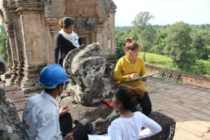Decay Mapping and Documentation of one lion statue - Prasat pre Rup