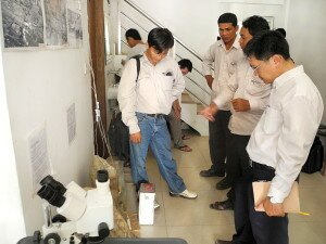 Representatives of the Ministry of Culture, APSARA Authority and international conservation teams visiting the APSARA Stone Conservation Training Center.