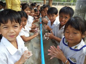 Students of Eng Meas Tany Primary School, Kompot province, in their daily handwashing activity at school